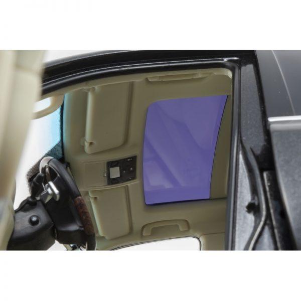 1:18 Lexus LX570 - Starlight Black Glass Flake