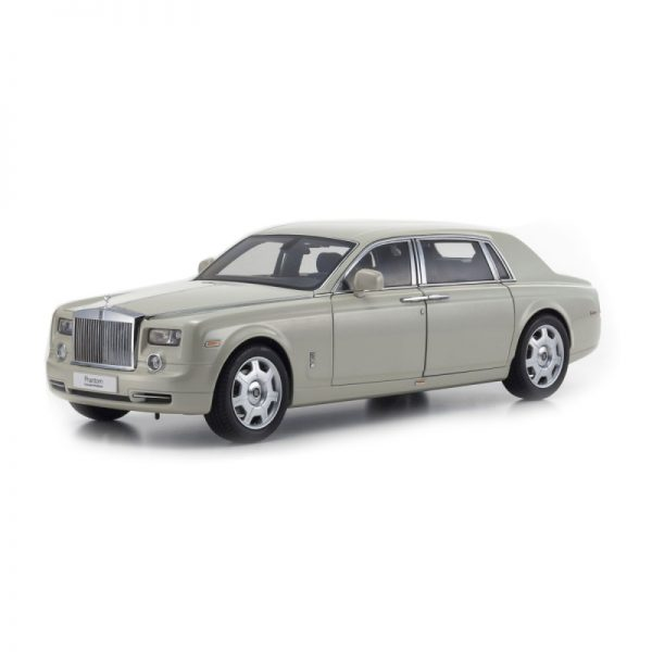 1:18 Rolls-Royce Phantom EWB - Carrara White