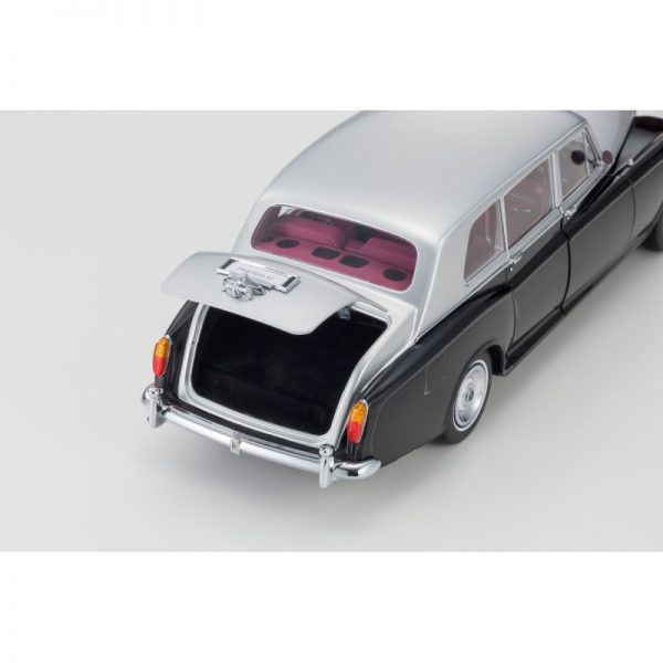 1:18 Rolls-Royce Phantom VI - Black/Silver