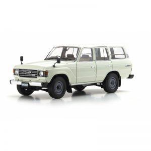 1:18 Toyota Land Cruiser 60 - White