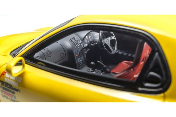 1:18 Mazda RX-7 FD3S - Initial D W/Figure