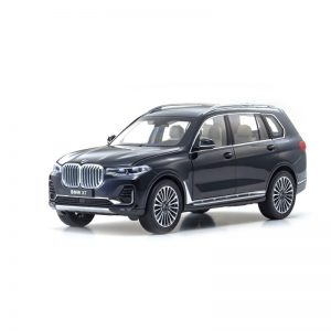 1:18 BMW X7 - Carbon Black