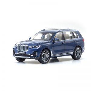 1:18 BMW X7 - Phytonic Blue