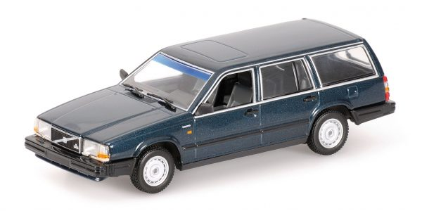 1:18 1986 Volvo 740 GL Break - Dark Green Metallic