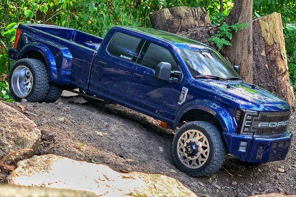 CEN DL-Series Ford F450 SD - Blue