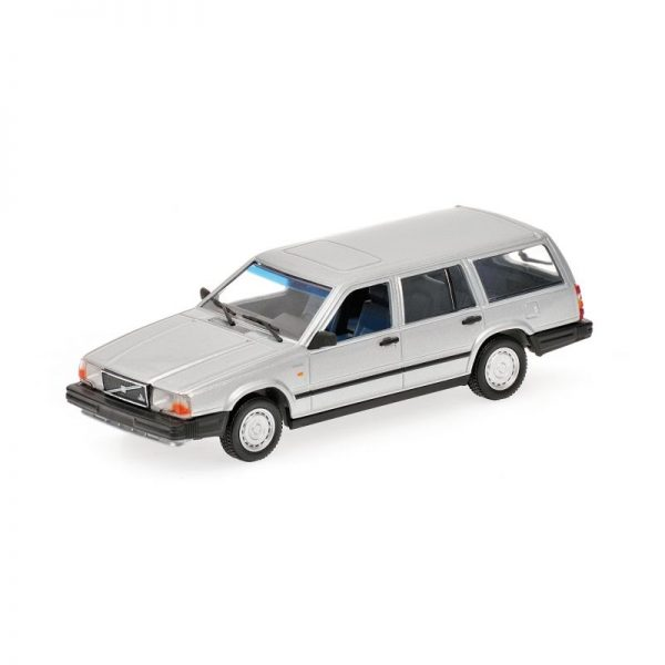 1:18 1986 Volvo 740 GL Break - Silver