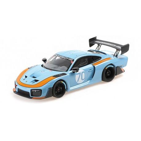 1:18 2020 Porsche 935/19 - Blue