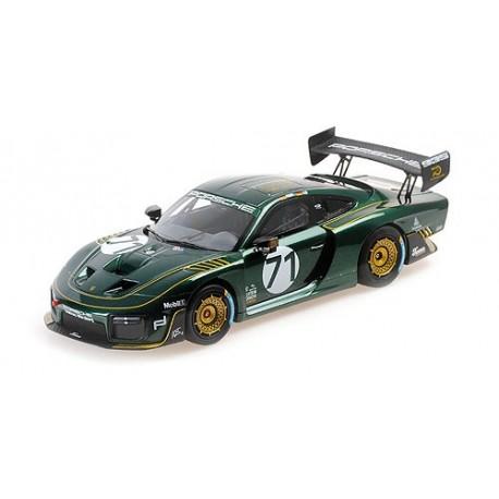 1:18 2020 Porsche 935/19 - Tenner Racing