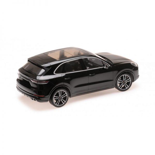1:18 2017 Porsche Cayenne Turbo S - Black