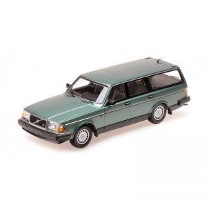 1:18 1986 Volvo 240 GL Break - Green Metallic